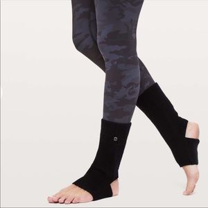 New Lululemon Endless Summer Ankle Warmers Black